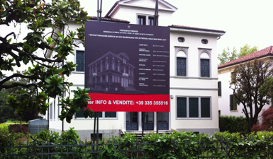 Sign for building renovation