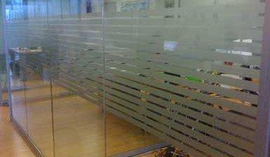 Decorazione vetri uffici