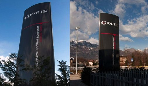 Bright Advertising Totem Giorik